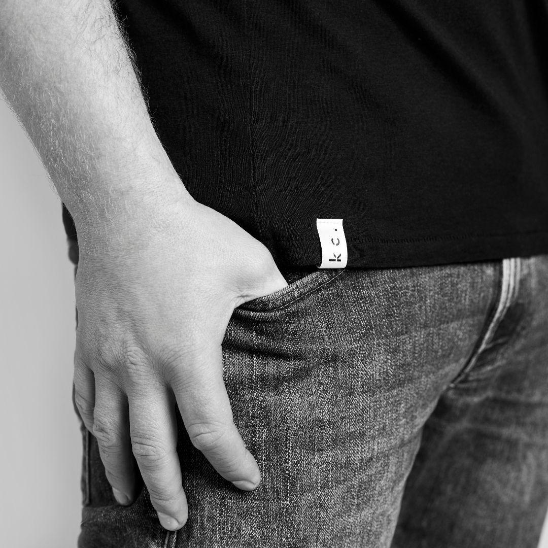 Ketchup-company Shirt Mit White Label - MAKE A POINT.